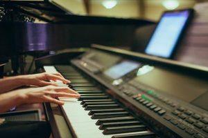 راهنمای خرید پیانو حرفه ای