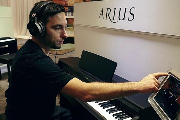 خرید پیانوهای دیجیتال Yamaha سری Arius