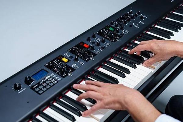 خرید پیانوهای استیجی Yamaha مدل های CP73 و CP88