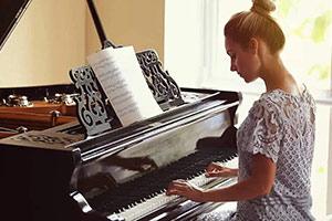 10 تکنیک برای نواختن آهنگ
