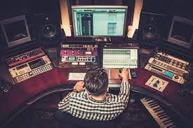 6 شغل عجیب در صنعت موسیقی