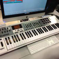 m-audio-axiom-air-630-80