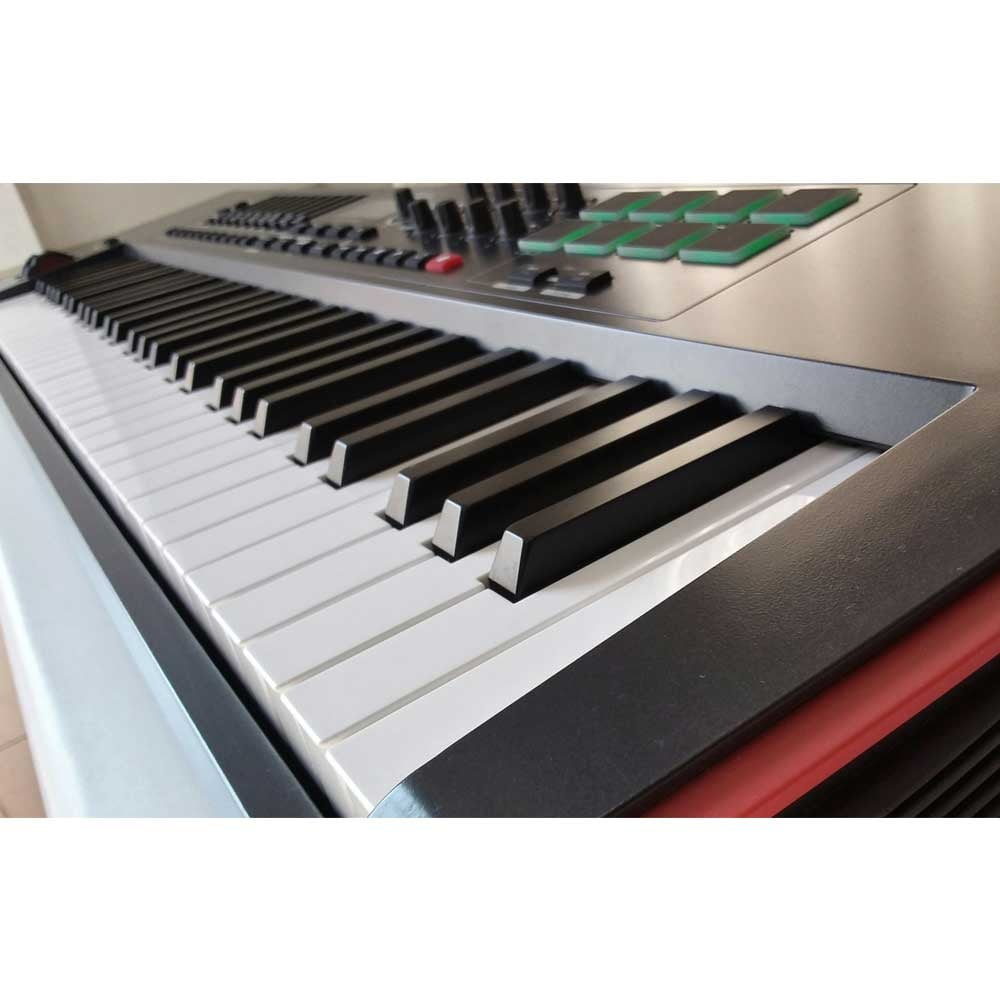 میدی کیبورد novation impulse61