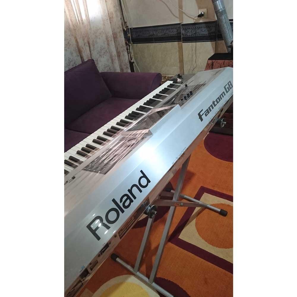 سینتی سایزر Roland fantom g8