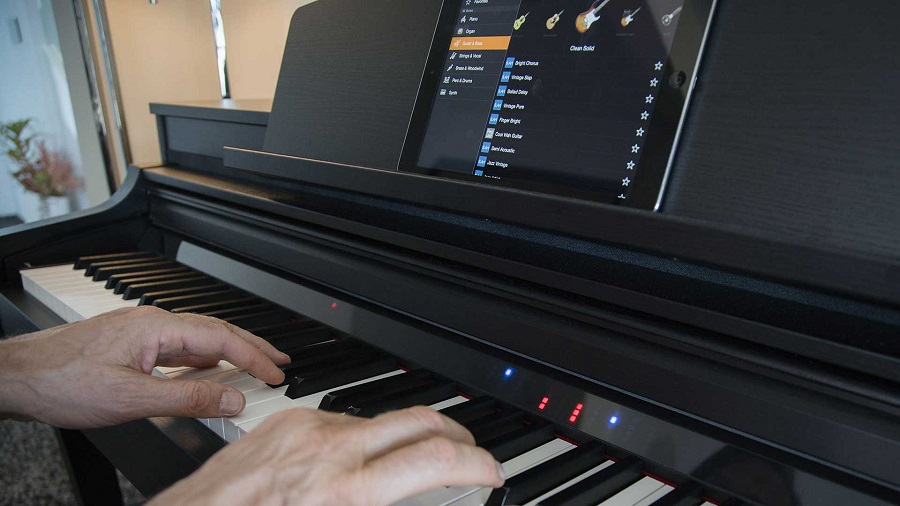 پیانو CSP 150 مناسب برای حرفه ای ها