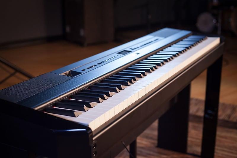پیانویی با صدایی بسیار واقعی