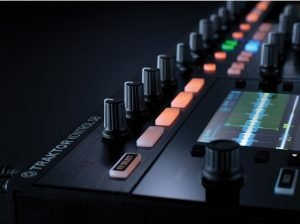 کنترلر فروش native instruments traktro s8