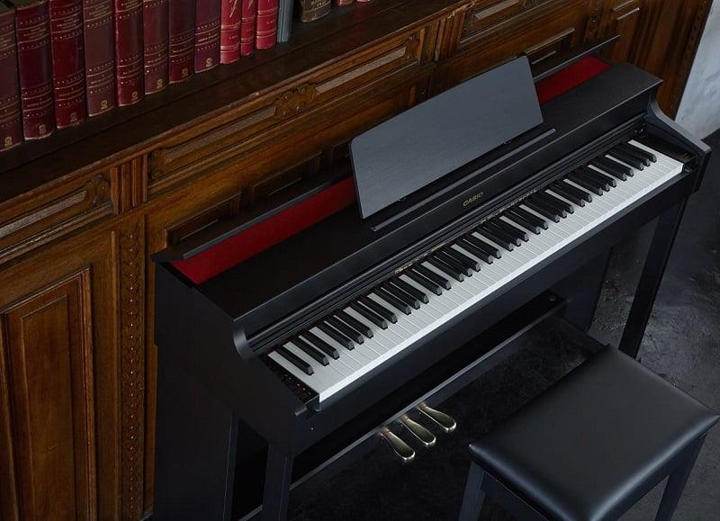 ک پیانو حرفه ای از سری Celviano